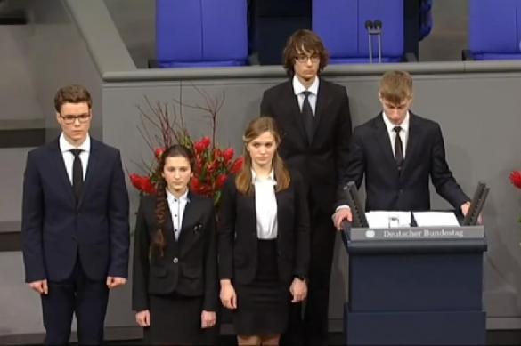 Школьник с Ямала покаялся в бундестаге за убитых фашистов. 379430.jpeg