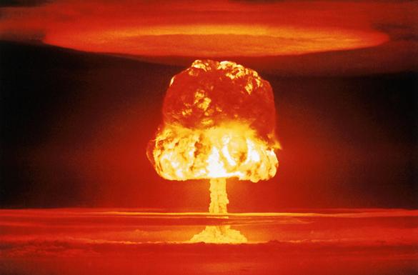 Обычная война в разгаре, ядерная - на подходе. холодная война Россия США, ядерная война, Третья мировая война