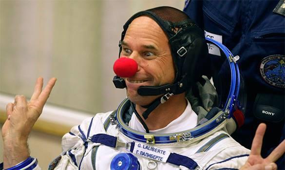Роскосмос снова начнет возить космических туристов на МКС. Космический турист