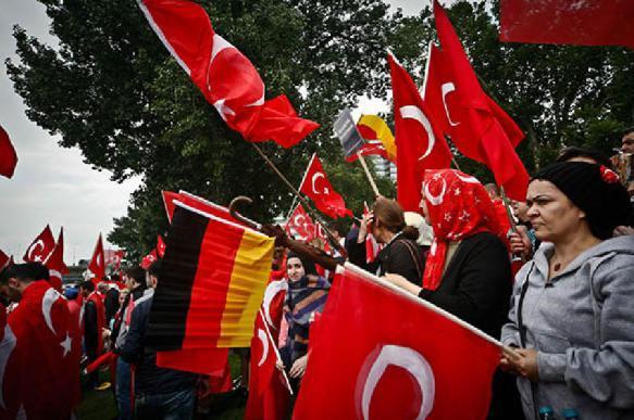 Эрдоган предложил Германии вместе противостоять США. 392434.jpeg