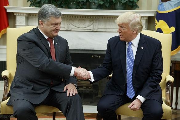 Порошенко пытается продать Трампу план военного переворота в Ки