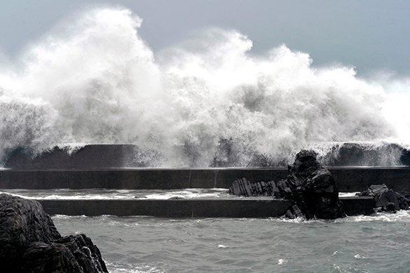 Учебный год на Сахалине перенесен из-за тайфуна