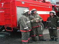 В Москве в горящем торговом центре прогремел взрыв
