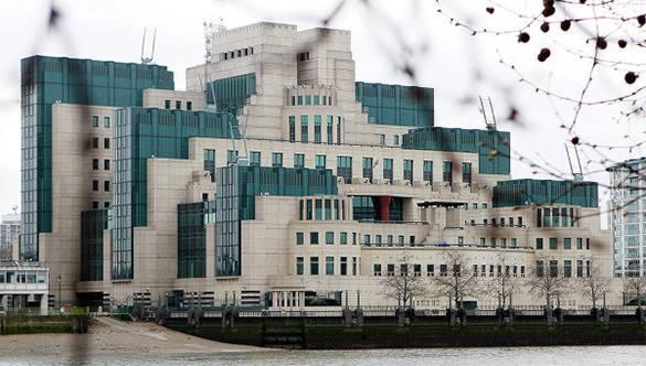 MI6 убеждает сотрудников отказывать русским шпионам. здание МИ6