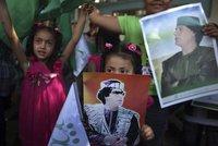 Каддафи пообещал отправить в Европу сотни смертников. gadhafi