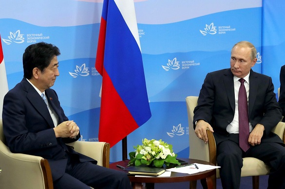 Абэ осудил КНДР за ракетные испытания, но пока в словесной форме. Абэ осудил КНДР за ракетные испытания, но пока в словесной форме