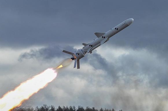 В Киеве похвастались новейшей крылатой ракетой, похоже на старую советскую. В Киеве похвастались новейшей крылатой ракетой, похоже на старую