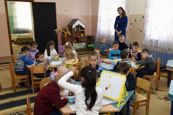 """""""Терпи до дома"""": в Челябинске детсад запретил детям туалет. Терпи до дома: в Челябинске детсад запретил детям туалет"""