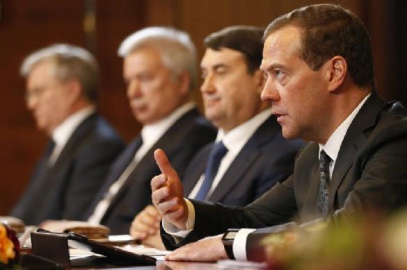 Медведев заявил о поводе для увольнения. Медведев заявил о поводе для увольнения