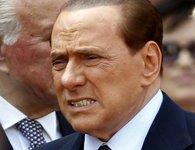 Медиакомпанию Берлускони обязали выплатить полмиллиарда. berlusconi