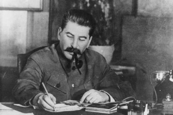 Дело украинских властей в отношении Сталина и Берии придется закрывать. 381444.jpeg