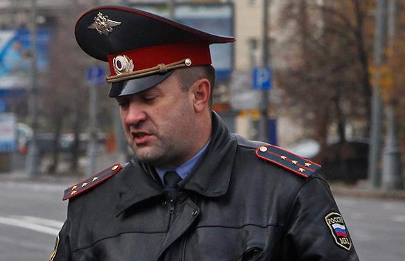 Планируется слияние МВД, наркоконтроля и мигрантской службы. Московский полицейский