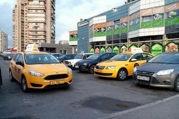 Провинциальный таксист выгнал из машины мать с малышом. 398447.jpeg