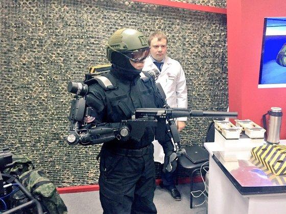 Российских солдат оденут в экзоскелеты. Российских солдат оденут в экзоскелеты
