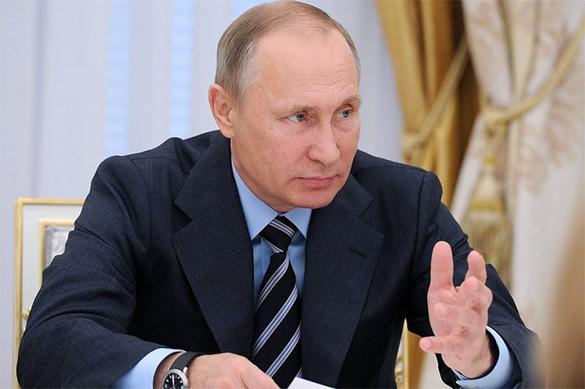 Путин считает Россию великой державой - США