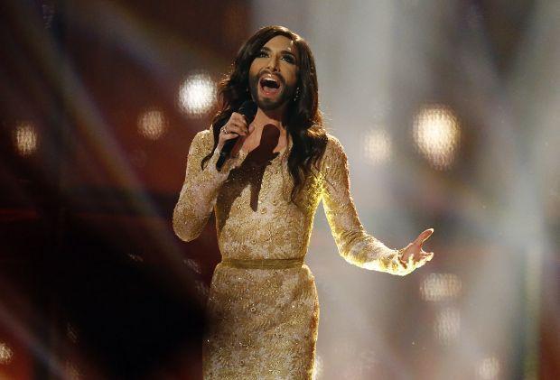 Певца-трансвестита Кончиту Вурст обвинили в наводнениях на Балканах. 292452.jpeg