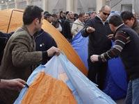 Около резиденции Саакашвили напали на оппозиционеров
