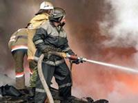 При пожаре на военных складах в Казахстане погибли два человека
