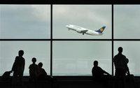 Растет число погибших при крушении самолета в Конго. plane
