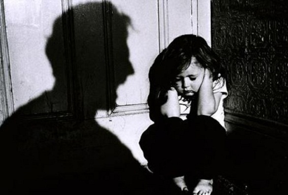 the relation of alcohol in the growing child abuse cases in america More than a million children are victims of child abuse each year, and alcohol is a major factor in nine of every ten cases abuse growing up with an.