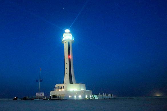 Китай построил маяк на спорном архипелаге