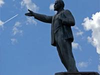 Киевские националисты повредили памятник ЮНЕСКО