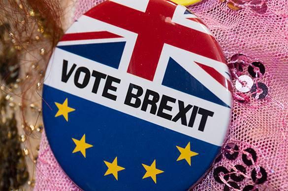 В Великобритании растет чисто сторонников выхода из ЕС