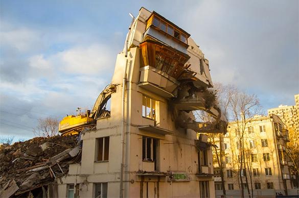 Собянин: Первые переселенцы изпятиэтажек переедут уже осенью