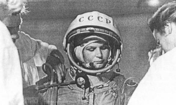 Валентина Терешкова: Небо, сними шляпу! Я к тебе иду!