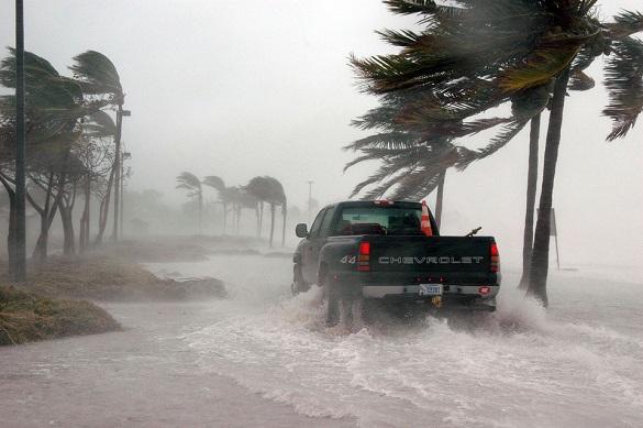 """Во Флориде объявлена полная эвакуация из-за """"Ирмы"""". Во Флориде объявлена полная эвакуация из-за Ирмы"""