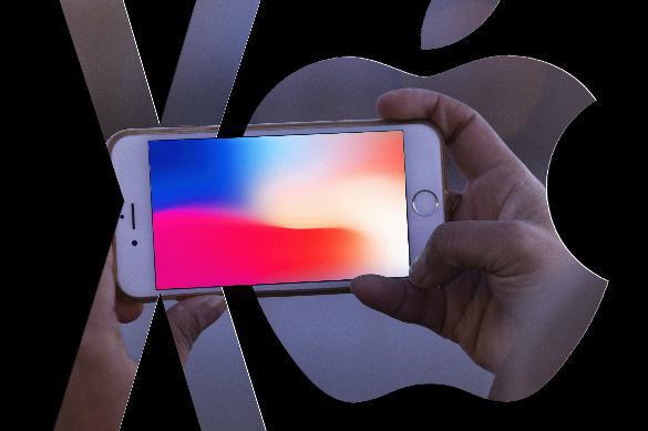 """Падение """"яблока"""": с чего подешевел iPhone X?"""