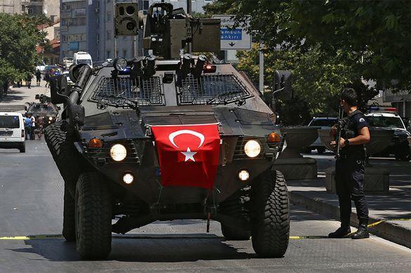 Теракт в Турции убил трех человек