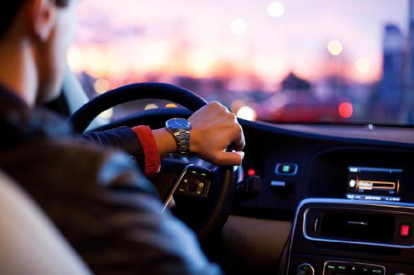 Совет Федерации предложил выдавать лицензию на работу в такси самозанятым. 401477.jpeg