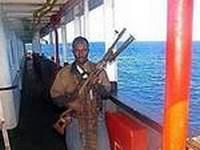 Испанский суд оставил двух сомалийских пиратов под стражей