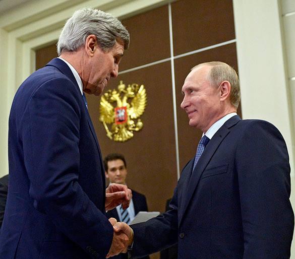 Джон Керри назвал  переговоры в Сочи откровенными. Джон Керри и Владимир Путин