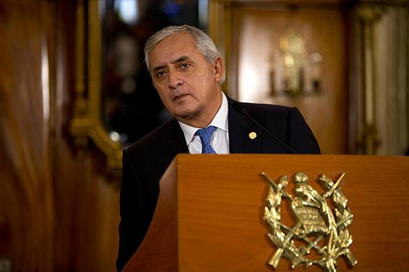 В Гватемале выдали ордер на арест президента