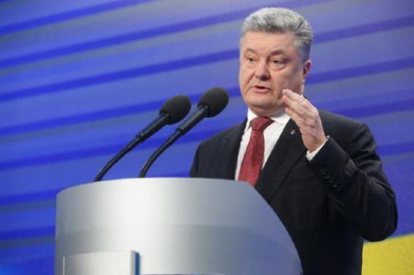 Порошенко лишил украинских гастарбайтеров права голоса. 397488.jpeg