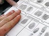 В Греции разрешили снимать отпечатки пальцев у
