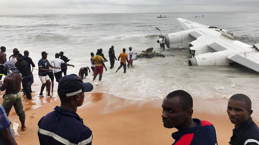 Украинский грузовой самолет разбился у берегов Кот-д'Ивуар: есть пострадавшие. Украинский грузовой самолет разбился у берегов Кот-дИвуар: есть
