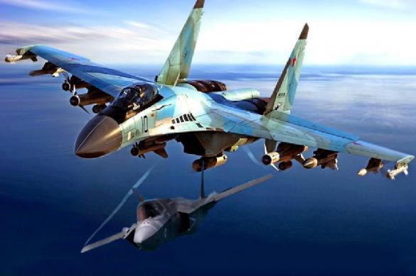 На Западе оценили шансы Су-35 против F-22 и F-35. 390492.jpeg