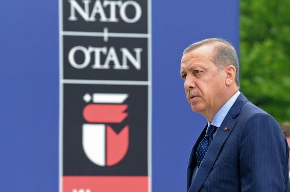 США эвакуируют ядерное оружие из предательской Турции