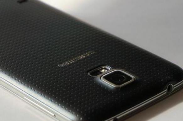 Samsung сворачивается втрубочку или квадрат. 381493.jpeg