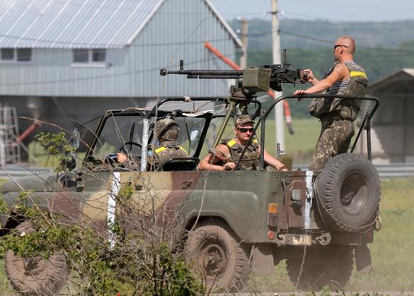 Саакашвили начал  военные приготовления у границы с Приднестровьем. украинские военные