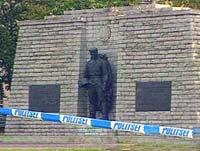 Бронзового солдата не пустили в центр Таллина