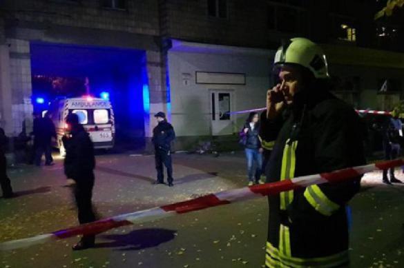 Под Киевом нетрезвый «ветеран АТО» выпустил пососедям иполицейским арсенал боеприпасов