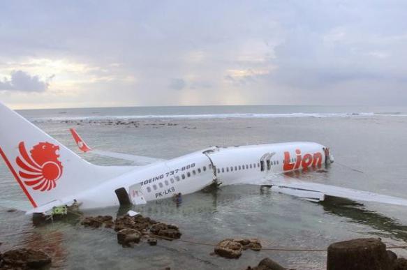 Упавший в море Boeing-737 за день до катастрофы передавал SOS. 394496.jpeg