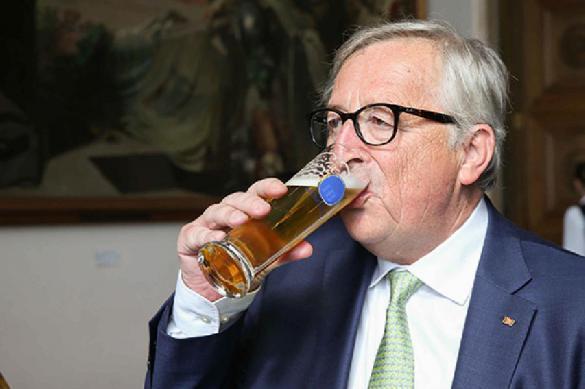 В Еврокомиссии оскорбились из-за предположений и пьянстве ее главы. 389497.jpeg