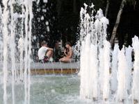 Подросток утонул, пытаясь достать монеты из фонтана