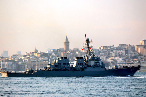 Взглянуть на Крымский мост: в Черное море вошел эсминец Carney. Взглянуть на Крымский мост: в Черное море вошел эсминец Carney