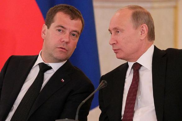 Россиян отвлекли футболом: рейтинги Путина и Медведева взлетели. 389498.jpeg